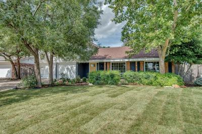 Single Family Home For Sale: 6903 Lynnhaven Drive