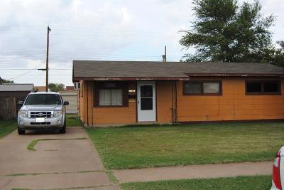 Lubbock County Single Family Home For Sale: 2413 East 30th Street
