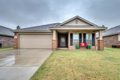 Lubbock TX Single Family Home Under Contract: $185,000