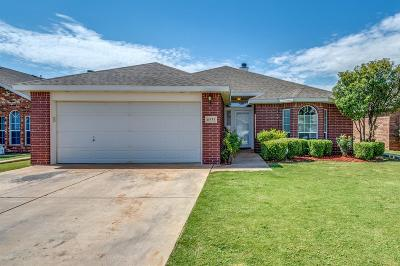 Lubbock TX Single Family Home Under Contract: $156,000