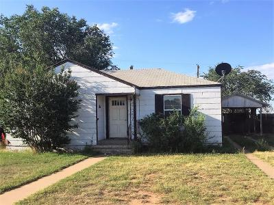 Levelland Single Family Home For Sale: 1616 9th Street