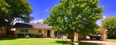Levelland Single Family Home For Sale: 1916 Ave H