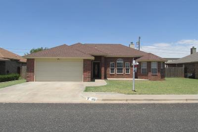Wolfforth Single Family Home Under Contract: 816 11th Street