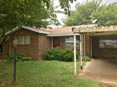 Lubbock Single Family Home For Sale: 5807 E Us Highway 62/82