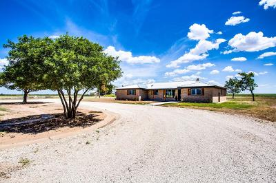 Slaton Single Family Home Contingent: 5924 East County Road 7900 Road
