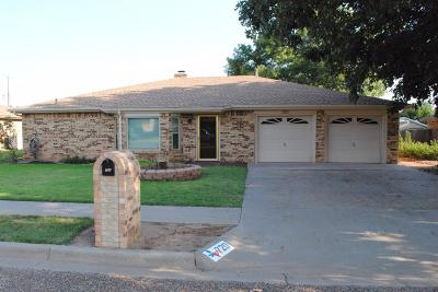 Shallowater Single Family Home For Sale: 720 14th