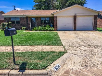 Lubbock Single Family Home Under Contract: 8214 Hartford Avenue