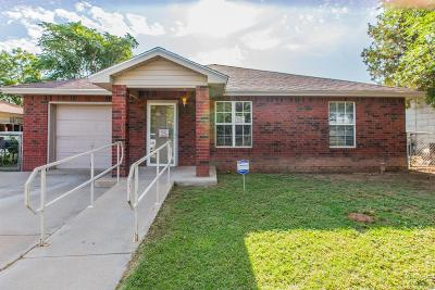 Lubbock Single Family Home For Sale: 121 Ave U Avenue