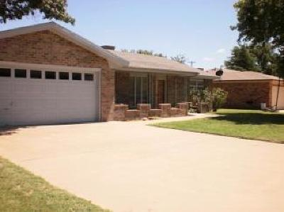 Levelland Single Family Home For Sale: 2007 Longhorn Drive
