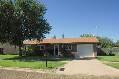 Bailey County, Lamb County Single Family Home Under Contract: 1233 West 13th Street