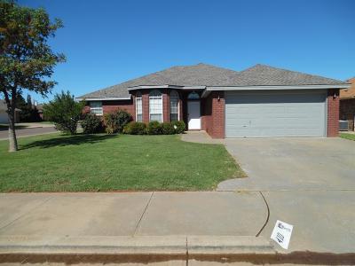 Lubbock Single Family Home For Sale: 410 Kewanee Avenue