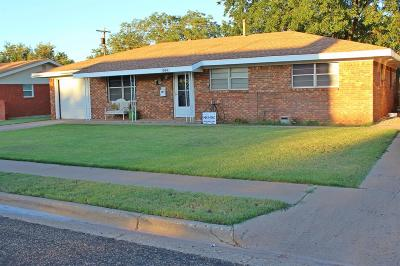 Brownfield Single Family Home For Sale: 1004 South Pecos Street