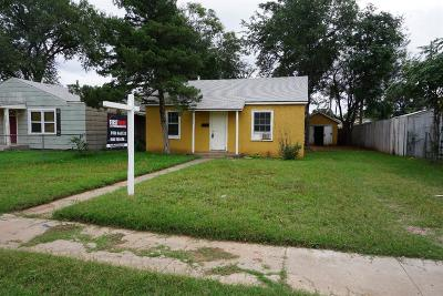 Lubbock County Single Family Home For Sale: 2211 35th Street