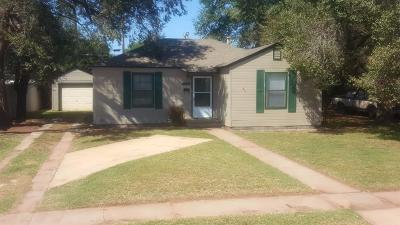 Lubbock Single Family Home Under Contract: 2606 30th Street