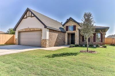 Single Family Home For Sale: 9901 Ave V