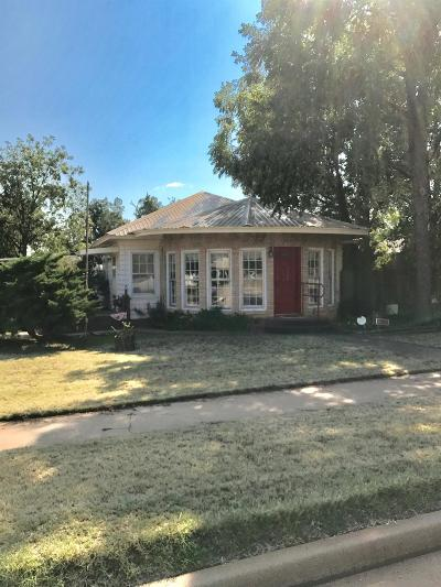 Single Family Home Sold: 1002 West Harris