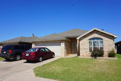 Lubbock Single Family Home For Sale: 2208 99th Street