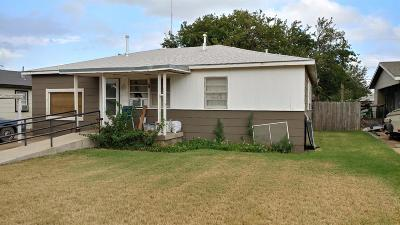 Lubbock County Single Family Home Under Contract: 5607 Ave D