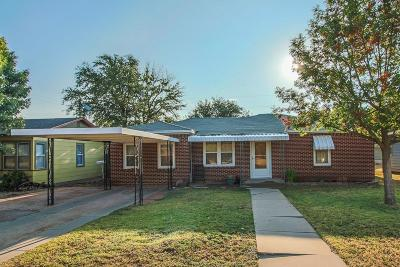 Slaton Single Family Home For Sale: 920 South 18th Street