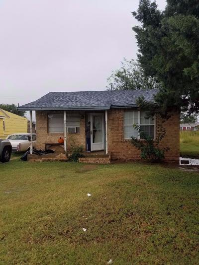 Lubbock County Single Family Home Under Contract: 2821 Colgate Street
