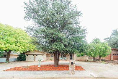 Levelland Single Family Home For Sale: 2023 Rice Drive