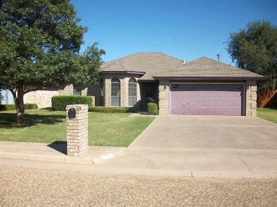 Slaton Single Family Home For Sale: 830 North 17th Place