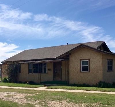 Slaton Single Family Home For Sale: 505 West Crosby Street