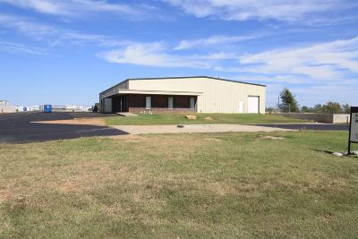 Lubbock Commercial For Sale: 1511 East Farm Road 1585