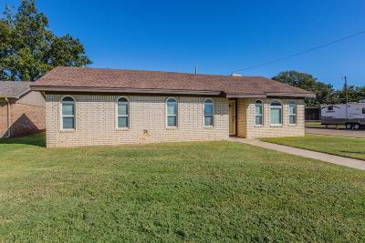 Shallowater Single Family Home Under Contract: 1319 5th Street