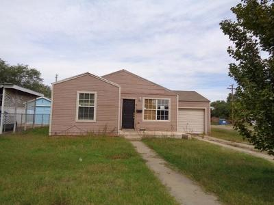 Levelland Single Family Home For Sale: 1001 11th Street