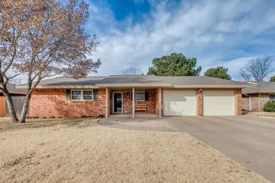 Levelland Single Family Home For Sale: 106 Beech Circle