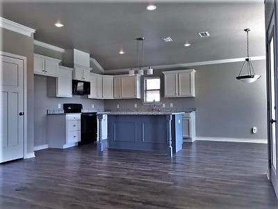 Lubbock Single Family Home For Sale: 2113 101st Street