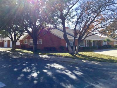 Single Family Home Sold: 302 Sandalwood Lane