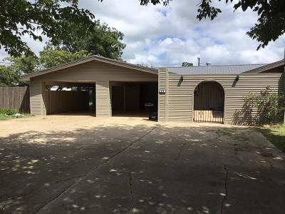 Crosbyton TX Single Family Home For Sale: $90,000