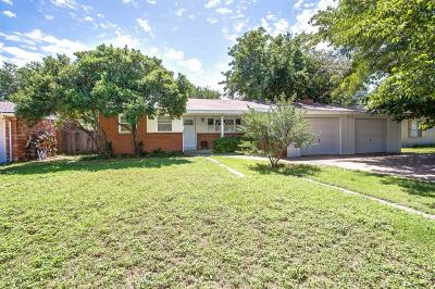 Lubbock Single Family Home For Sale: 5207 16th Street