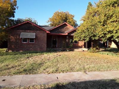 Tahoka Single Family Home Under Contract: 2312 N 3rd