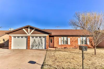Levelland Single Family Home Under Contract: 331 Pecan Street