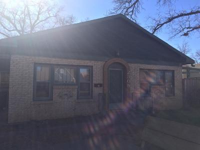 Lubbock Single Family Home Under Contract: 2309 16th Street