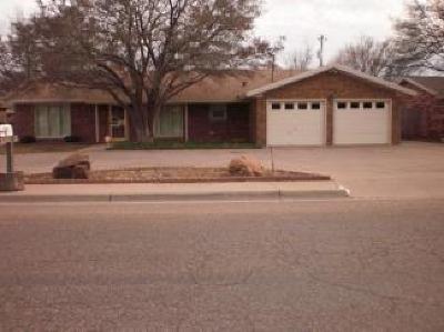 Single Family Home For Sale: 106 Cottonwood Lane