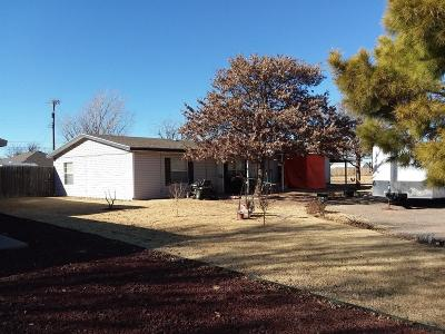 Lubbock County Single Family Home For Sale: 311 Ave L