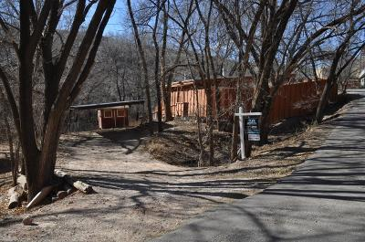 Single Family Home Under Contract: 32 Kit Carson Lane