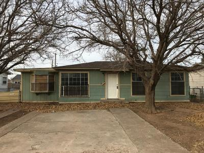 Lubbock Single Family Home Under Contract: 2122 Cornell Street