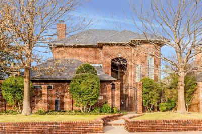 Lubbock Garden Home For Sale: 10204 Peoria Avenue