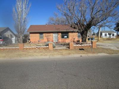Lubbock TX Single Family Home Under Contract: $37,000