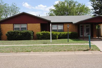Slaton Single Family Home Under Contract: 1515 W Lynn Street