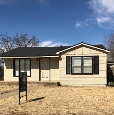 Lubbock TX Single Family Home Under Contract: $89,900