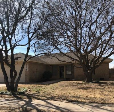 Lubbock TX Single Family Home Under Contract: $132,500