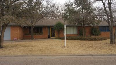 Single Family Home For Sale: 1220 Ave N