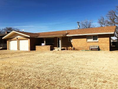 Slaton  Single Family Home Under Contract: 1380 W Crosby Street