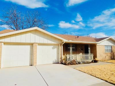 Lubbock TX Single Family Home For Sale: $150,000